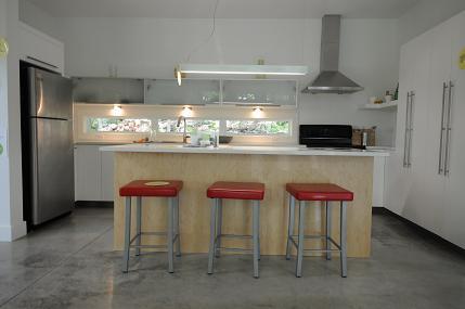 est ce qu 39 un plancher radiant hydronique au rdc est assez efficace pour chauffer l 39 tage. Black Bedroom Furniture Sets. Home Design Ideas