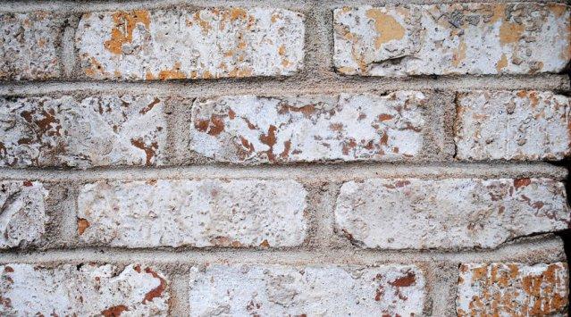 Le produit du mois: des peintures et teintures minérales pour la maçonnerie
