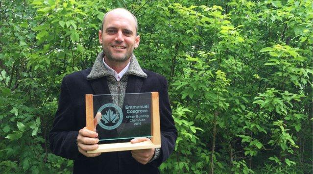 Emmanuel Cosgrove, champion 2016 du bâtiment écologique!