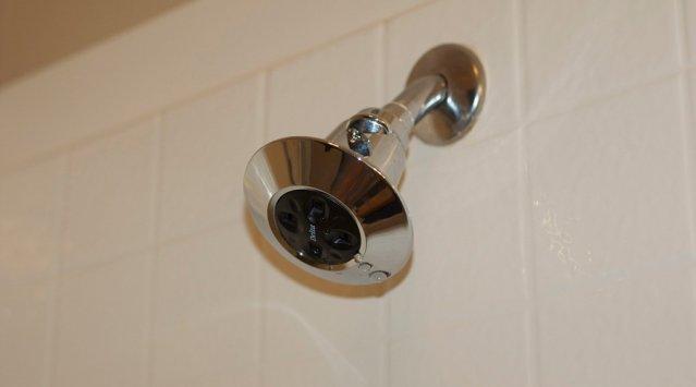 Une douche économe en eau