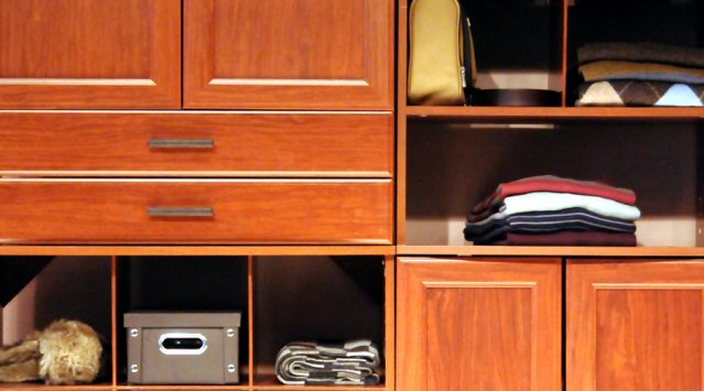 Les meubles contiennent souvent du formaldéhyde © www.celinelecomte.com