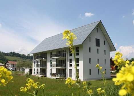 Un chalet Suisse chauffé exclusivement par l'énergie solaire