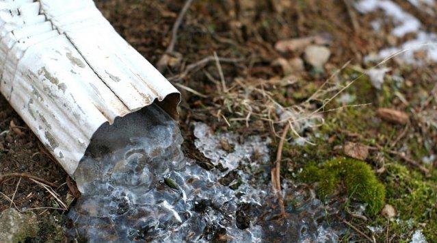 Éloigner l'eau des fondations