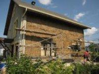 Aide recherchée pour la construction d'une maison en ballots de paille