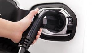 Recharger son véhicule électrique à la maison