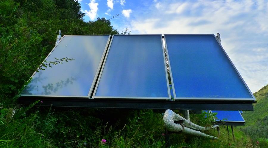 chauffe eau panneau solaire structure sol pour ou. Black Bedroom Furniture Sets. Home Design Ideas