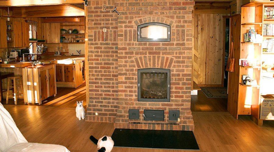 chauffage au bois avantages et inconv nients d un foyer. Black Bedroom Furniture Sets. Home Design Ideas