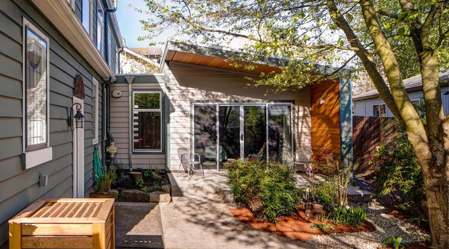 construire et aménager des maisons bigénérationnelles et des unités d'habitation accessoires (UHA) pour favoriser la densité douce