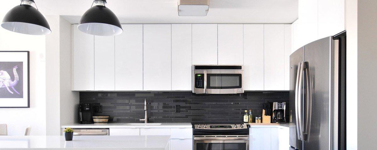 comment poser des caissons et porte d 39 armoires de cuisine cologiques cohabitation. Black Bedroom Furniture Sets. Home Design Ideas